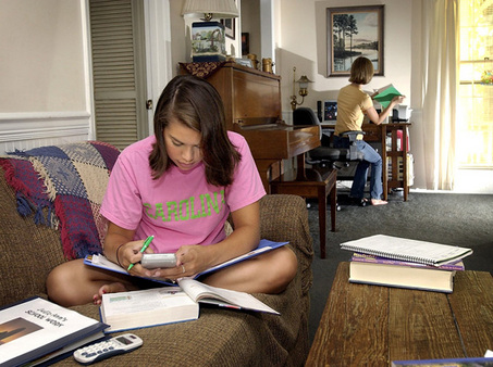 home schooling kids picture