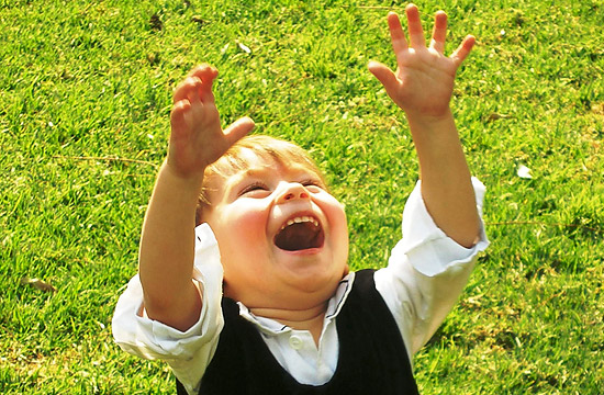 kid laughing picture