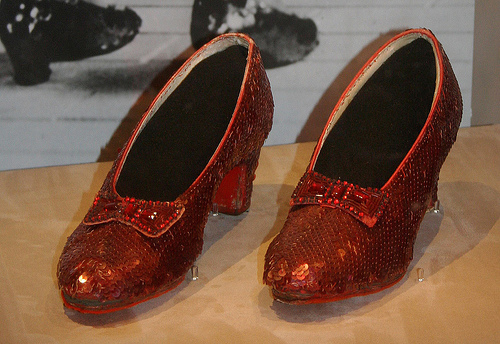 ruby slipper wizard of oz picture