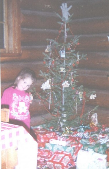 girl christmas tree pictures