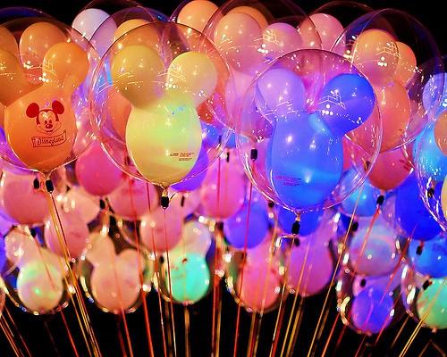 Disneyland balloons pictures