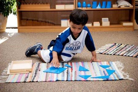 montessori classroom pictures