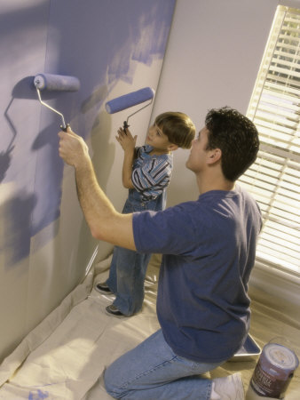 child painting pictures