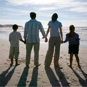 family at beach pictures