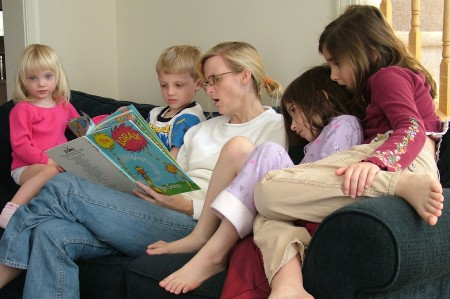 reading to children photos