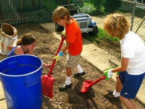 kids shoveling pictures