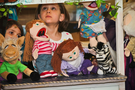 puppet show pictures
