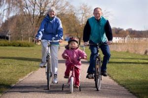 grandparents cycling pictures