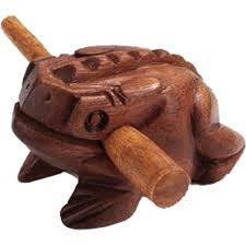 wooden frog picture
