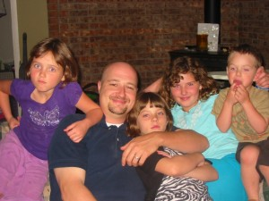 dad and daughters picture