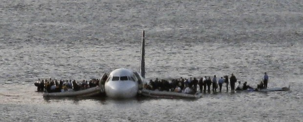hudson river plane pictures