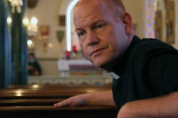 glenn morshower as father wade