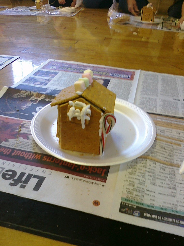 completed ginger bread house picture