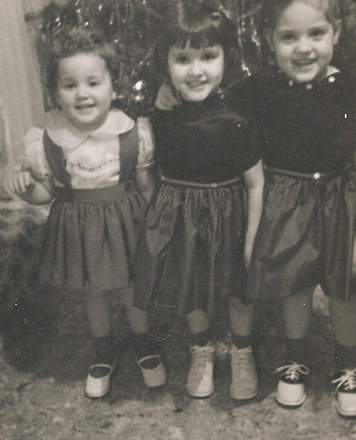 three sisters smiling picture