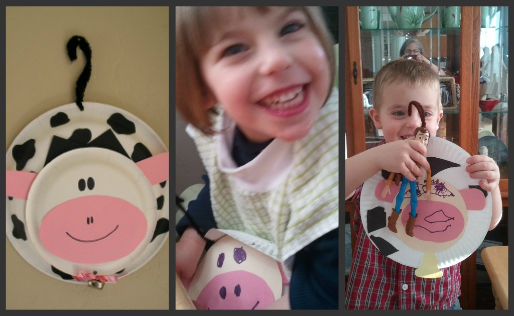 cow door hanger craft picture