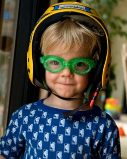 boy with goggles picture