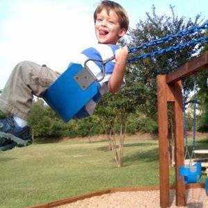 kid swinging picture